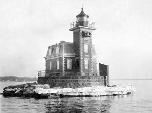 Stepping-Stones-Lighthouse-Long-Island-Sound-Vintage-Photo-1914-NYC