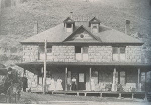 Tell-hos1918