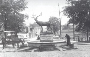 elk-statue-1900